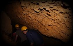 caving (7)